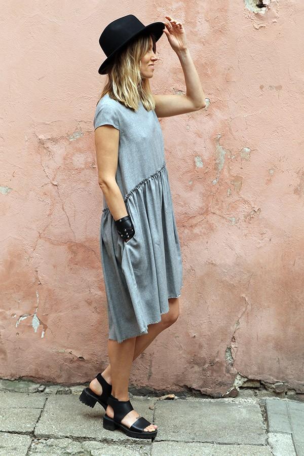 gray dress Roma