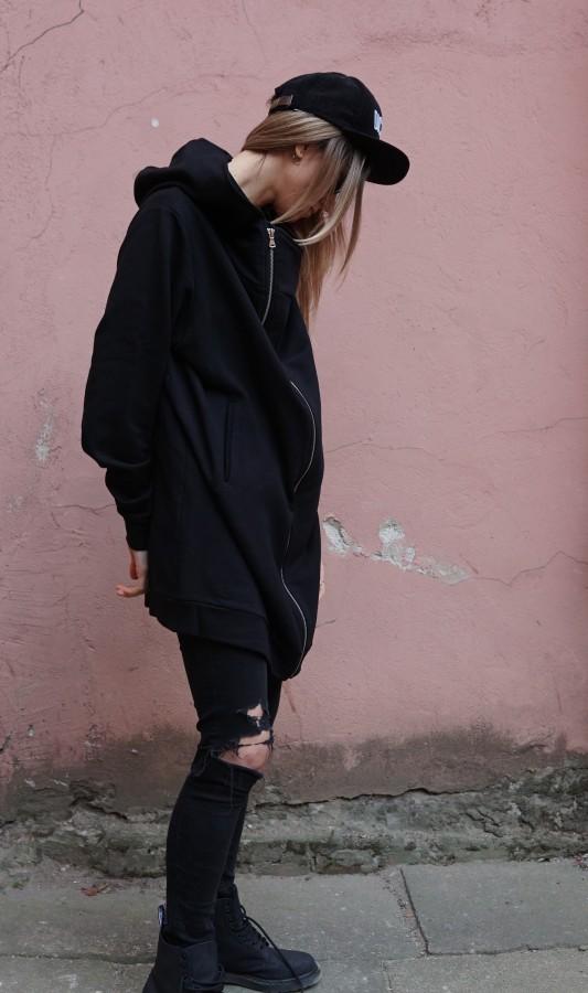 sweatshirt with zipper