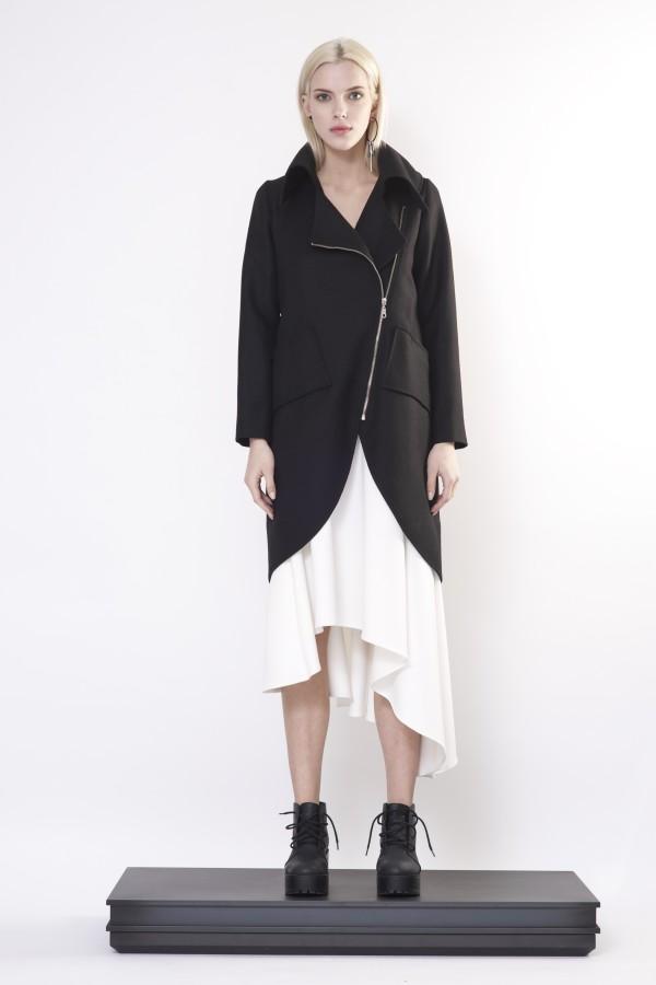 coat with zipper and big collar