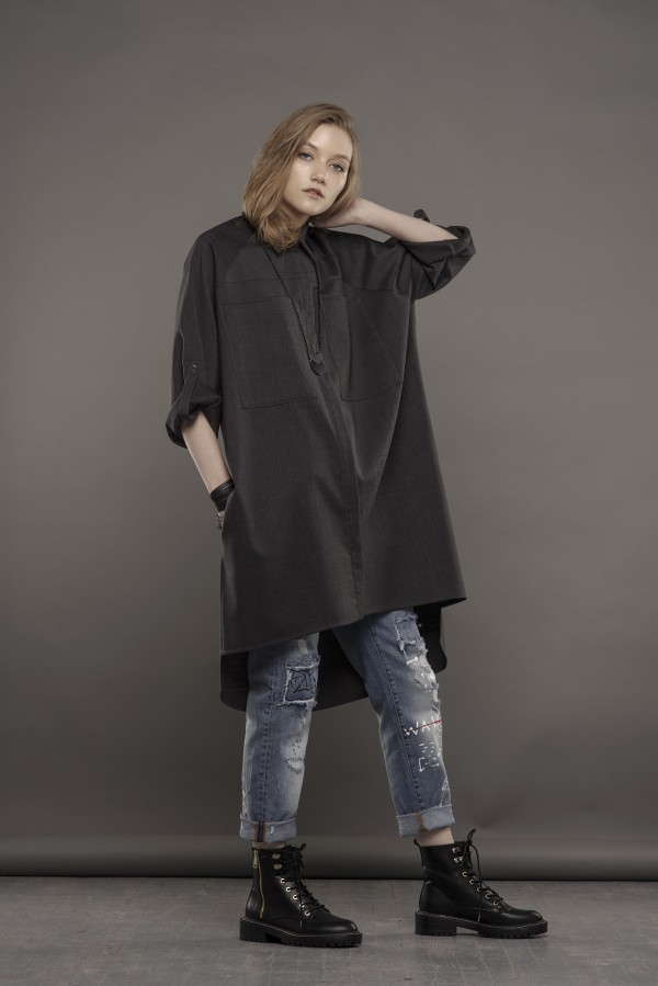 gray woolen  shirt