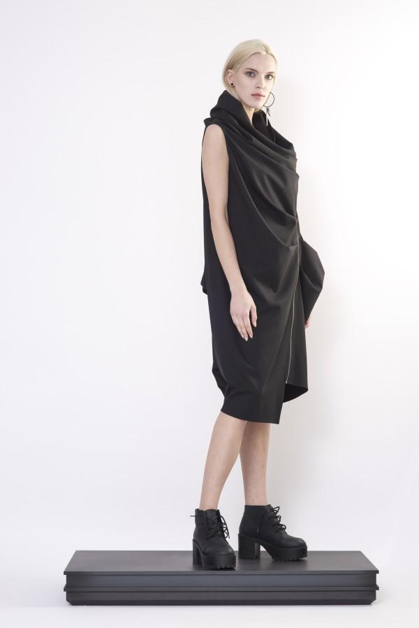 dress with zipper
