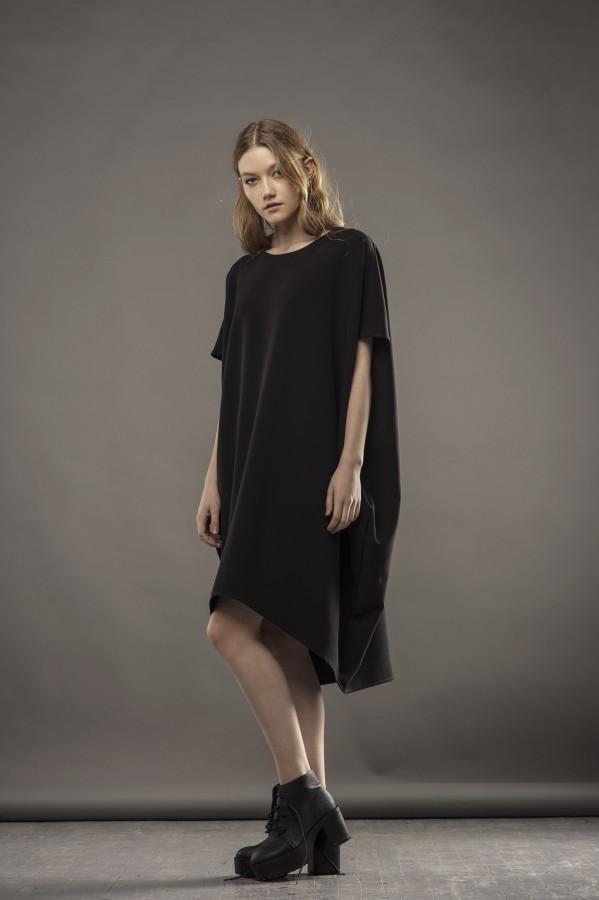 new wide black dress