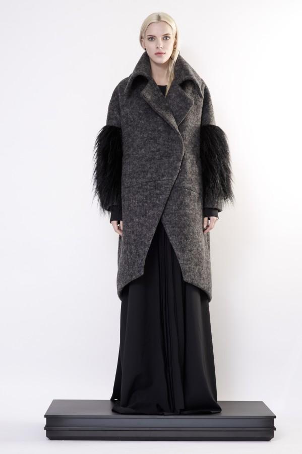 woolen coat with fur