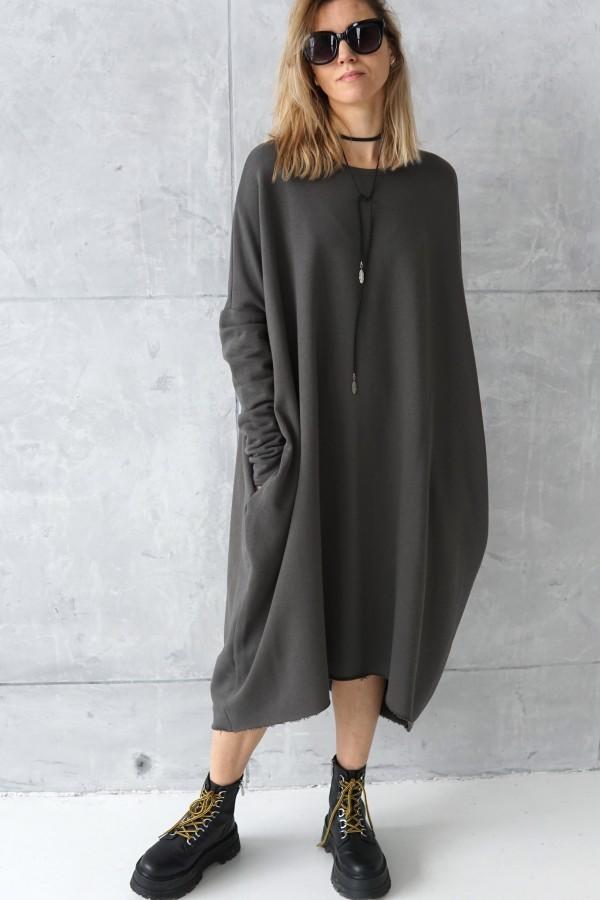 SIMPLE GRAY DRESS