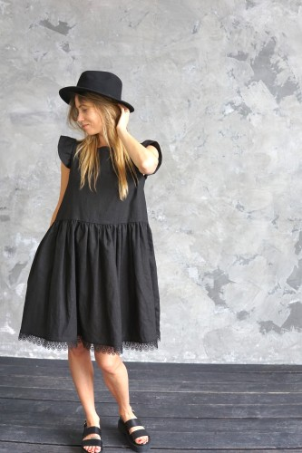 LINEN DRESS WITH LACE