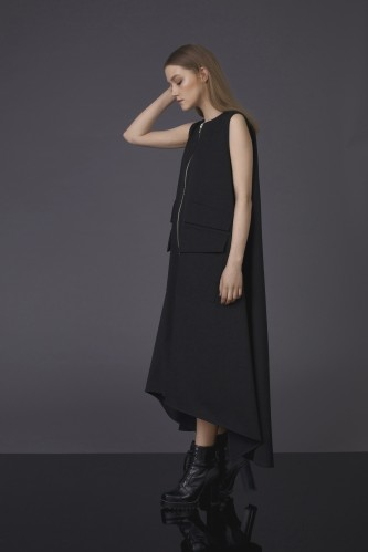 dress with zipper and pocket