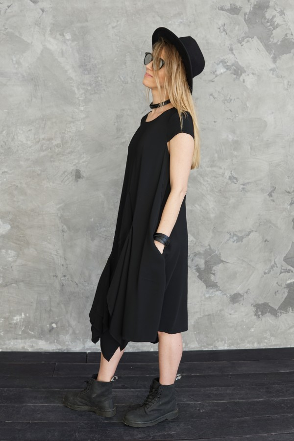 viscose dress with 3 details